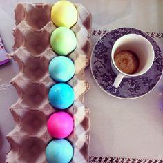 Tutorial facilísimo para adornar huevos de Pascua. DIY