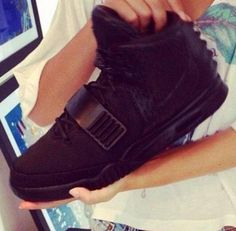 "NIKE AIR YEEZY 2 ""BLACKOUT"" #sneaker"