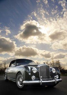 Luxury Car Rolls Royce 19
