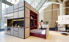 キッチン、ベッド、バスルーム、キャビネット、クローゼット…。 家の機能として必要な設備を「箱」に収めてしまった […]