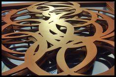 Escultura para Restaurante Delirios en acero cor-ten acero inoxidable y laton