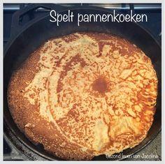 TOP recept voor Spelt pannenkoeken. Ik gebruik speltbloem. Je kunt ook geraspte courgette en geraspte kaas erbij doen.
