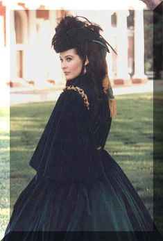 Scarlett O'Hara (Vivien Leigh) in Gone With the Wind Golden Age Of Hollywood, Classic Hollywood, Old Hollywood, Vivien Leigh, Vintage Movie Stars, Vintage Movies, Old Movies, Great Movies, Divas