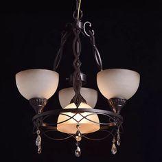 382010904 Бренд:CHIARO (Германия) Стиль:Country Коллекция:Айвенго Тип светильника:Потолочные Диаметр:50 см Высота:65 см (без учета подвеса) Рег. высота подвеса:110 см (max) Вес:11.6 кг. Площадь освещения:12 кв. м (рекоменд.) Лампочки:60 Ватт (макс.), E27 - 4 шт. (Нет в комплекте)