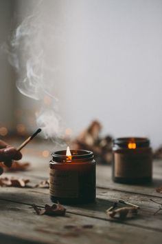 warming scented candles create that perfect hygge moment Sigmund Freud, Soy Wax Candles, Candle Jars, Scented Candles, Fall Inspiration, Photoshoot Inspiration, Autumn Cozy, Cosy Winter, Slow Living