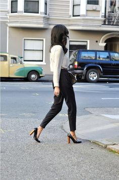 My main staple: Cigarette pants. Because I absolutely hate the feeling of wearing jeans. Pants & Blouse: Zara. Heels: YSL