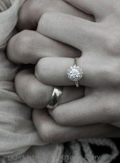 If the money wasn't an issue, this would be a perfect engagement ring. It's classic and simple. Just beautiful.
