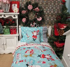 American Girl Doll Christmas Bedding Set by RibbonwoodCottage American Girl House, American Girl Clothes, American Girls, American Girl Accessories, Doll Accessories, American Girl Furniture, Girl Dolls, Ag Dolls, Christmas Bedding