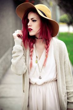 Luanna Perez, Le Happy. Forever obsessed with her hair and wardrobe.