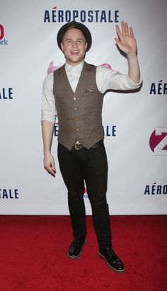Olly Murs at Z100's Jingle Ball Presented by Aéropostale.  He was AMAING here!!!