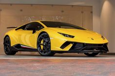 Lamborghini Huracan Performante Painted in Giallo Photo taken by: @mrlelong on Instagram Owned by: @gprhuracan on Instagram