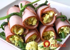 rolls The most favorite and fast snack)) Taste, beloved by millions! grated cheese, mix with garlic and mayonnaise (sometimes add dried dill) Ham Rolls, Good Food, Yummy Food, Healthy Food, Grated Cheese, Cheese Recipes, Fresh Rolls, Finger Foods, Sushi