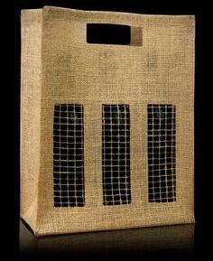 d07b76d4e El modelo Paris III es un estuche para tres botellas con tres ventanas y  rejilla en la parte frontal. Es muy resistente y es moderno y rústico al  mismo ...