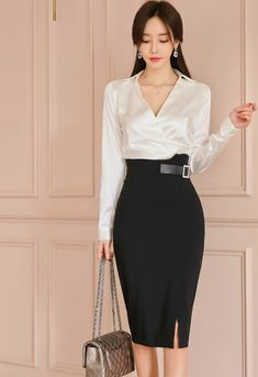 Office Outfits Women, Casual Outfits, Fashion Outfits, Womens Fashion, Pretty Asian, Beautiful Asian Women, Office Fashion, Dress Me Up, Asian Woman