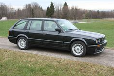 The OEM paint color options for the coupe, sedan, touring, convertible and baur is quite extensive. Bmw 3 Touring, Bmw Wagon, Bmw Classic, Bmw 3 Series, E30, Bmw Cars, Station Wagon, Automobile, Cars