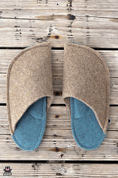 Blue home decor inspiration - azure blue home slippers for men and women. Made of wool felt. #azureblue #bluehome #blueinterior #bluedecor #blueslippers Felt Slippers, Blue Slippers, Natural Rubber Latex, Wedding Gifts For Groom, Blue Home Decor, Kids Backpacks, Boyfriend Gifts, Customized Gifts, Wool Felt