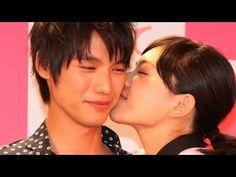 川口春奈、福士蒼汰と公開キス 映画「好きっていいなよ。」イベント #Say I love you #movie - YouTube