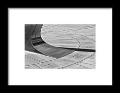 Vietnam Memorial Framed Print featuring the photograph Vietnam Memorial by Janis Kirstein