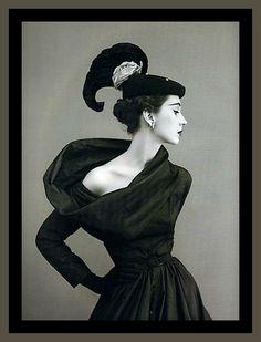 Photographer Richard Avedon 1950 – High Low Vintage