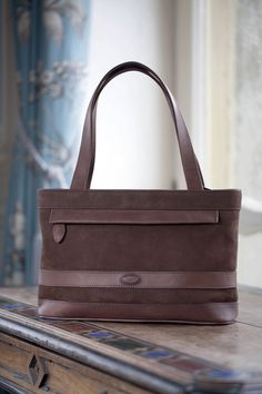 Dubarry Dalkey Bag With Free Uk Shipping The By Is A Stylish Women S Leather Handbag Which Will Be An Impressive Addition To Any C
