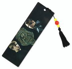 Hunger Games Peeta and Katniss Bookmark        by      NECA