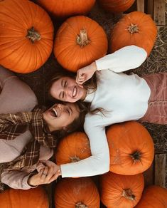 ers, 301 ing, 548 Posts - See photos and videos from Jess Blondin (jessablondin) Best Friend Pictures, Bff Pictures, Friend Pics, Cute Fall Pictures, Halloween Pictures, Friend Goals, Fall Senior Pictures, Pumpkin Patch Pictures, Fall Pictures With Pumpkins