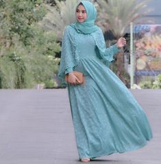 Satin Kebaya Brokat, Model Kebaya, Batik Kebaya, Hijab Dress, Muslim, Designer Dresses, Satin, Womens Fashion, How To Wear