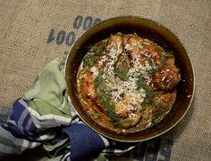 Huhn in Tomaten Haselnuss Meerrettich Sauce mit Dill