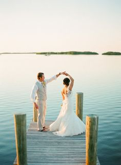 Happily Ever After in Islamorada Photography by KT Merry Photography / ktmerry.com