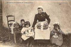 Profesora y alumnos - Alto Loira