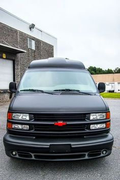 2002 CHEVROLET 1500 CONVERSION CUSTOM MATTE BLACK VAN US 3750000 Image 6