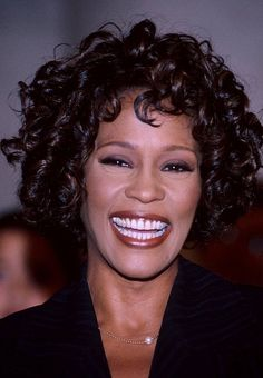 The Greatest Love Of All — Beautiful Whitney, RIP my sweet angel! Beverly Hills, Beautiful Voice, Black Is Beautiful, Beautiful Women, New Jersey, Whitney Houston Pictures, Divas, I Look To You, Black Actors