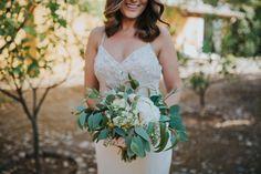 Bouquet #Bouquet #wedding #flowers #destinationwedding #bride #vineyardwedding #portugal #gradil #quintadesantanadogradil @Hugo Bride Bouquets, Portugal, Vibrant, Wedding Dresses, Beautiful, Fashion, Bridal Bouquets, Bride Dresses, Moda