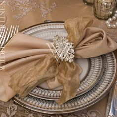 Carolyn Lace Champagne Overlay and Matte Satin Beige Underlay; Matte Satin Beige Napkins