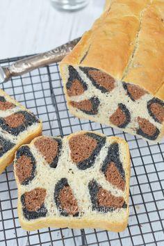 You'll hear lots of WOW when cutting this Jaguar bread. Brood met jaguar patroon, wat zullen ze kijken bij het aansnijden!
