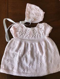 Ravelry: Hannah Dress pattern by Suzie Sparkles. knitting pattern baby girls dress newborn baby to age 6. top down, seamless. Baby dress knitting pattern, girls dress knit pattern, top down knitting, seamless knitting, one piece.
