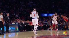 Carmelo Anthony pours in 31 points to lead the Knicks to a big win over the Atlanta Hawks.