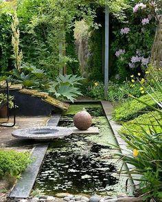 Abstract water garden. . . . . . . #pond #tranquilgarden #tranquilpond #backyardpond #ponddesign #landscapedesign #landscapedesigner #landscapedesigns #ponddesign #homeideas #homeandgarden #dreambackyard #dreamhome #backyard #naturelover #urbanpond #modernpond #moderngarden #modernzen #zenpond #zengarden #zenhome #waterfeature #construction #waterfeatureideas #waterfeatures