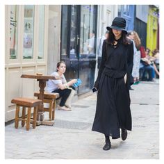 #LubakiLubaki   #AlexandreGaudin @Nini.li During #PFW www.lubakilubaki.com by Alexandre Gaudin #StreetStyle #NiniLi #Woman #Street #Style #Photo #NoFilter #FashionPost #Outfit #Dark #Black #Chic #FashionIsta #WomenFashion #Mode #Moda #Fashion #FashionWeek #FashionWeekParis #France #FW16 #Menswear #YohjiYamamoto #Paris http://ift.tt/29Ifcg5