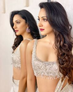 These sexy Kiara Advani boobs pictures will bring a big grin on your face. We have seen Kiara Advani boobs […] Beautiful Bollywood Actress, Most Beautiful Indian Actress, Beautiful Actresses, Bollywood Style, Indian Bollywood, Bollywood Fashion, Beautiful Celebrities, Manish Malhotra Designs, Wallpaper Hq