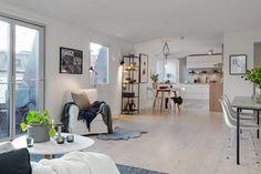 Bright loft space | Delikatissen