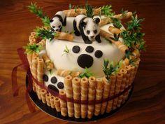 Creative Bamboo and Panda Cake Panda Bear Cake, Bolo Panda, Panda Cakes, Bear Cakes, Fondant Cakes, Cupcake Cakes, Panda Birthday Cake, Decoration Patisserie, Animal Cakes