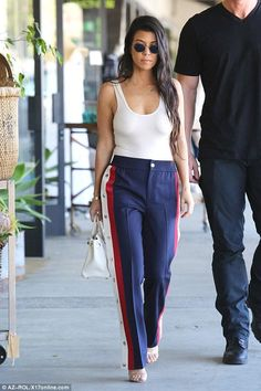 Kourtney Kardashian shows off frame in bodysuit and Gucci jogger pants - Gucci Pants - Ideas of Gucci Pants - Keeping cool: Kourtney Kardashian was spotted out and about in Los Angeles on Wednesday Oufits Casual, Casual Outfits, Cute Outfits, Fashion Outfits, Fashion Trends, Celebrity Outfits, Celebrity Style, Style Blogger, Stripes