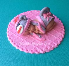 SOCK MONKEY BABY Shower Cake Topper Fondant por BabyCakesByJennifer
