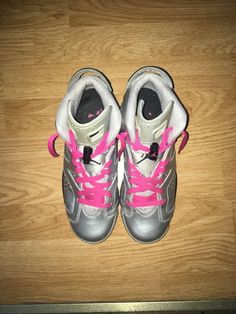 61d73f3c504 Girls Nike Air Jordan 5 Retro GS Valentine s Day Red Pink (Size Condition  is Pre-owned.