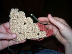 Crochet Corner to Corner Afghan Tutorial FINALLY! I've been trying to figure out how my grandmother made a recently found afghan (she died MANY years ago) and this is it! I had been going crazy about this! Crochet Video, Crochet Instructions, Knit Or Crochet, Learn To Crochet, Crochet Crafts, Yarn Crafts, Crochet Hooks, Crochet Projects, Crochet Blankets