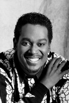 Luther Ronzoni Vandross was an American singer-songwriter and record producer. Vandross sold over twenty-five million albums and won eight Grammy Awards including Best Male R Vocal Performance four times. Music Icon, Soul Music, Music Is Life, Indie Music, Soul Singers, Motown Singers, Vintage Black Glamour, Vintage Glam, Luther Vandross
