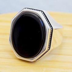 Silver Bracelets, Silver Earrings, Silver Jewelry, Onyx Necklace, Jewelry Sites, Jewelry Art, Jewellery, Irish Rings, Chains For Men