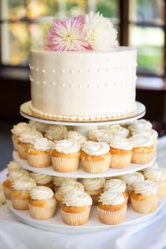Wedding Cupcakes.  Intimate Harvard Faculty Wedding - BKB & CO. | Boston Wedding Photography and Video Studio