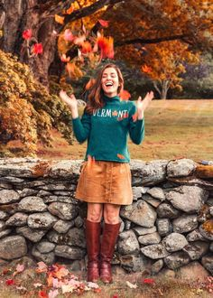 New England Fall, New England Style, Fresco, Sarah Vickers, Female Images, Lady Images, Winter Skirt, Fall Sweaters, Rock